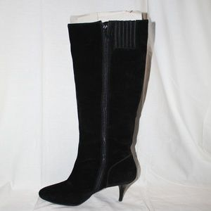 Heeled Suede Black Boots
